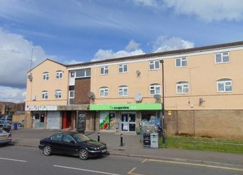 Thumbnail 2 bedroom flat for sale in Scafell Road, Slough