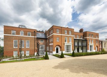 3 bed flat for sale in The Ridgeway, London NW7