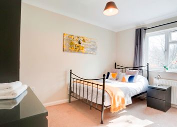Thumbnail Room to rent in Hunters Way, Tunbridge Wells