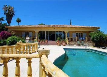 Thumbnail 5 bed detached house for sale in Estepona, Málaga, Spain
