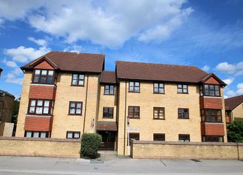 Thumbnail 2 bedroom flat to rent in Nottingham Road, South Croydon