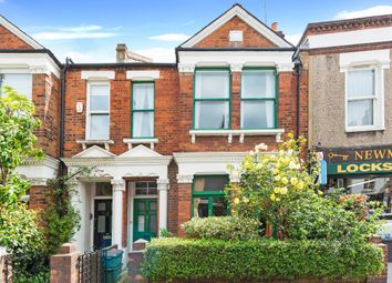 Thumbnail 3 bed flat to rent in Constantine Road, Hampstead, London