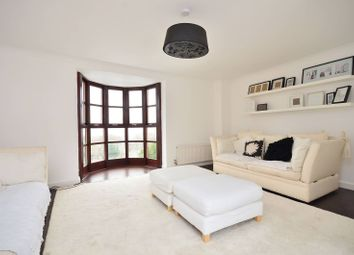 4 bed property to rent in Hill Gate Walk, Highgate, London N6