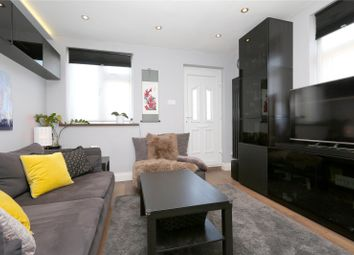 Thumbnail 2 bed flat to rent in High Road, East Finchley, London