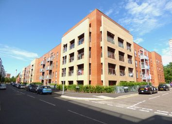 Thumbnail 3 bed flat to rent in Cross Street, Portsmouth