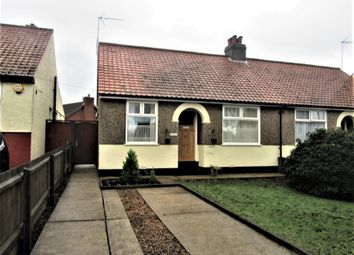 2 bed semi-detached bungalow to rent in Dell Road, South Oulton Broad, Lowestoft NR33