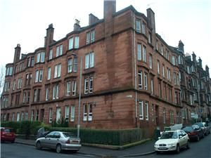 Thumbnail 1 bed flat to rent in Apsley Street, Thornwood, Glasgow