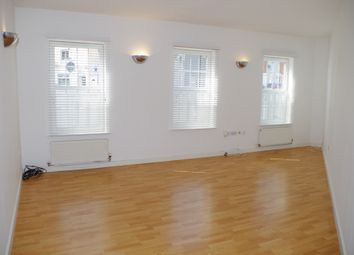 Thumbnail 2 bed flat to rent in Overstone Road, Northampton