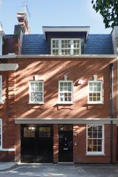 Thumbnail 5 bed mews house to rent in Woods Mews, Mayfair