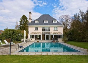 Thumbnail 6 bed villa for sale in 1015274Jt, Bruxelles - Avenue Du Golf, Belgium