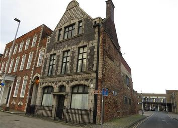 Thumbnail 4 bed property to rent in South Quay, Great Yarmouth