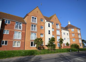 Thumbnail 2 bedroom flat to rent in West Road, Clacton-On-Sea