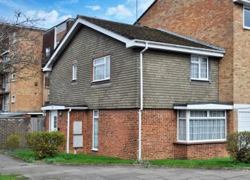 Thumbnail 2 bed property to rent in Staines Square, Dunstable