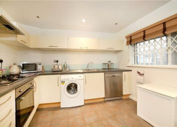 Thumbnail 1 bed flat to rent in Violet Road, Bow, London