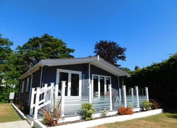 Thumbnail 2 bedroom mobile/park home for sale in Marsh Road, Lowestoft
