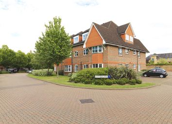 Thumbnail 3 bedroom flat for sale in Hayward Road, Thames Ditton