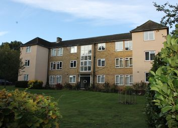 Thumbnail 2 bed flat to rent in Kemnal Road, Chislehurst