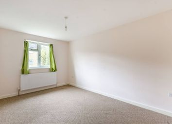 3 bed maisonette to rent in Branch Street, Peckham SE15