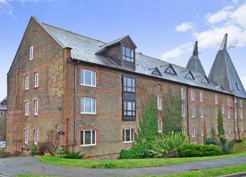 Thumbnail 1 bed flat for sale in Carpenters Lane, Tonbridge, Kent