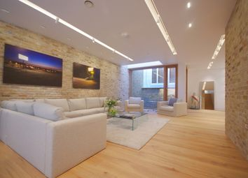 Thumbnail 3 bedroom mews house to rent in Bingham Place, London