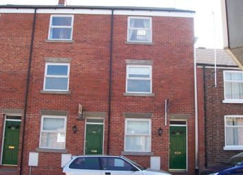 Thumbnail 3 bed town house to rent in Vincent Street, Macclesfield