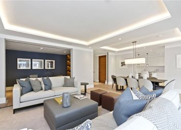 Thumbnail 3 bed flat to rent in St James's Street, St James's, London