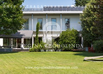 Thumbnail 4 bed villa for sale in Via Rimembranza, Villa Guardia, Como, Lombardy, Italy