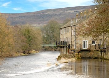 Thumbnail 2 bed cottage for sale in Beckside Close, Addingham