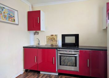 Thumbnail 1 bed flat to rent in Boston Road, Croydon