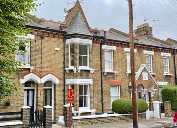 Thumbnail Cottage for sale in Kingsley Street, Battersea, London