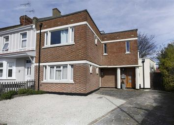 Thumbnail 2 bed flat for sale in Bailey Road, Leigh-On-Sea, Essex