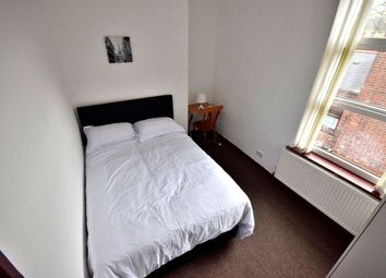 Thumbnail Room to rent in Room 8, Beeches Road, West Bromwich