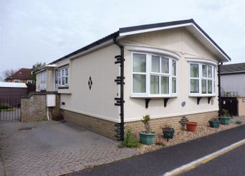 Thumbnail 2 bedroom mobile/park home for sale in High Street, Waterbeach, Cambridge