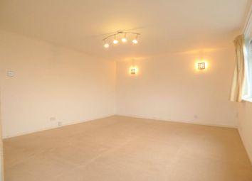 Thumbnail 2 bedroom flat to rent in Oak Hill Road, Surbiton