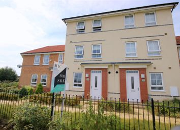 Thumbnail 3 bed property for sale in Richmond Lane, Kingswood, Hull