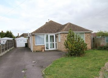Thumbnail 3 bed bungalow to rent in Ashcroft Road, Banbury