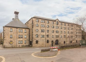 Thumbnail 2 bed flat for sale in 98 St. Magdalenes, Linlithgow