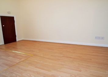 Thumbnail 2 bedroom flat to rent in The Broadway, Potters Bar