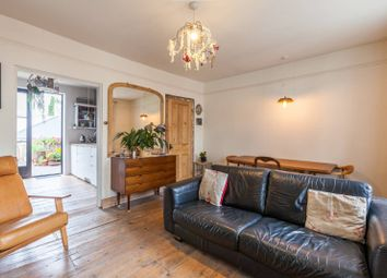 2 bed maisonette to rent in Bethnal Green Road, Bethnal Green E2