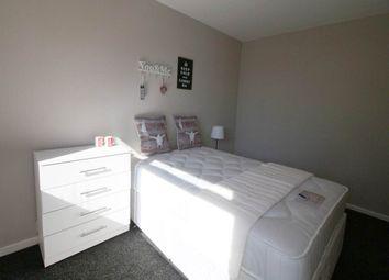 Thumbnail Room to rent in Eden Crescent, Burley, Leeds