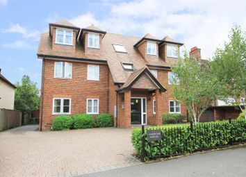 Kingsend, Ruislip HA4. 2 bed flat