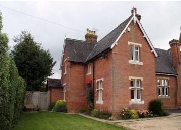 Thumbnail 3 bed property to rent in Oxford Road, Stone, Aylesbury