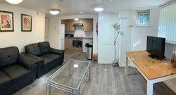 Parsonage Road, 3 Bed, Withington, Manchester M20. 3 bed flat
