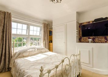 2 bed maisonette for sale in Hampden Square, Southgate, London N14