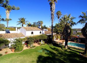 Thumbnail 7 bed villa for sale in Mexilhoeira Grande, Algarve, Portugal