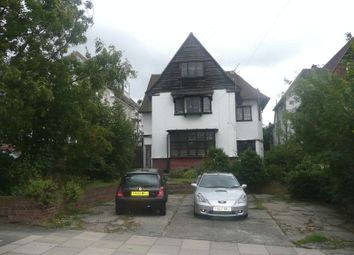 Thumbnail 2 bedroom flat to rent in Crowstone Road, Westcliff-On-Sea