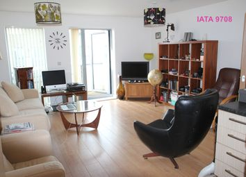 Thumbnail 1 bed flat to rent in Glenalmond Avenue, Cambridge