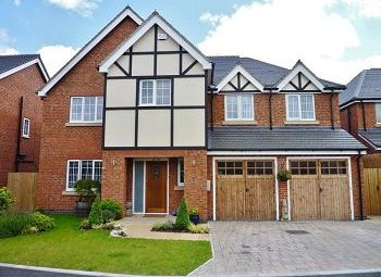 Thumbnail 5 bed detached house to rent in Wellsgreen Place, Wistaston, Crewe