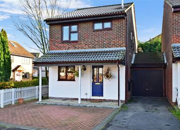 Thumbnail 3 bed link-detached house for sale in Baywell, Leybourne, West Malling, Kent