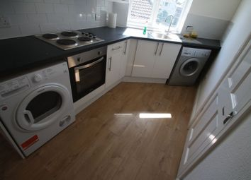 Thumbnail 3 bedroom flat to rent in London Road, Hemel Hempstead